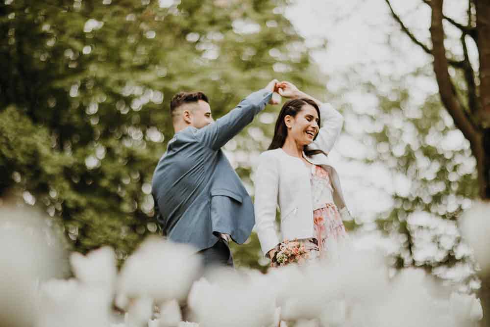 fotografo sposi che ballano