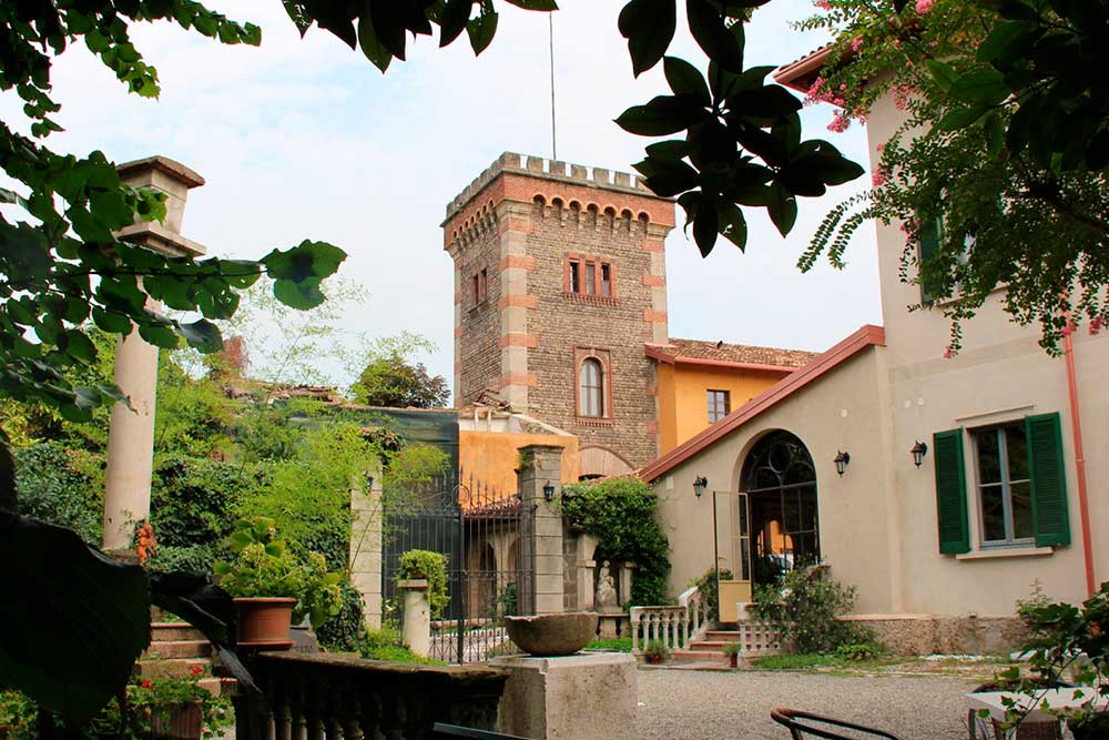 vista della torre villa maggi ponti